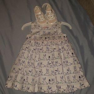 Bundle white dress & shoes baby girl 3-6 months.